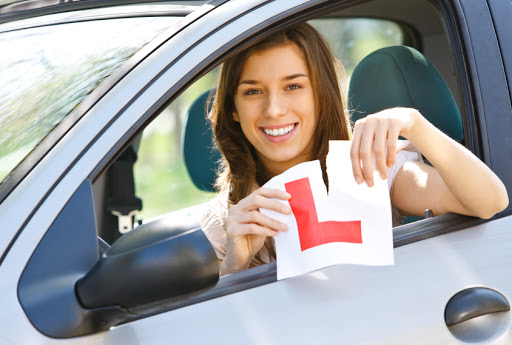 driving lessons shadwell